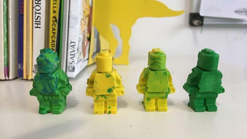 DIY: Crayons con forma de Lego