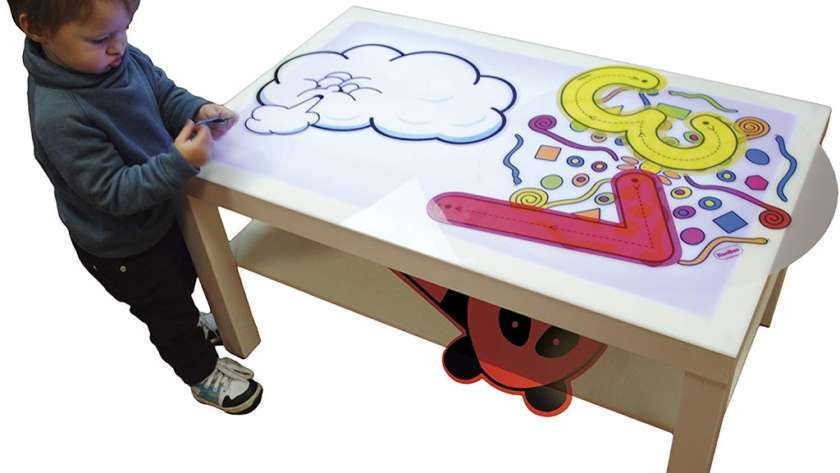 Actividades con la caja de luz Montessori