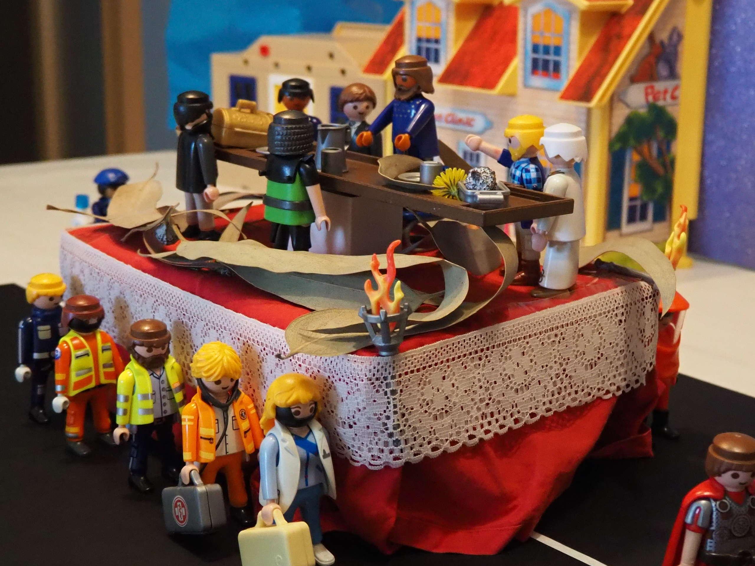 Procesión de Semana Santa con Playmobils