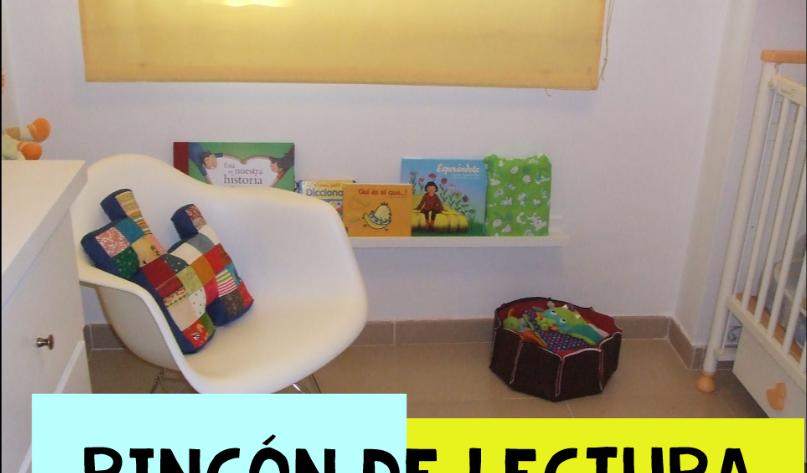 Rincón de lectura con estanterías de Ikea